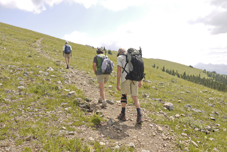 Approaching the crest of Powderface Ridge.