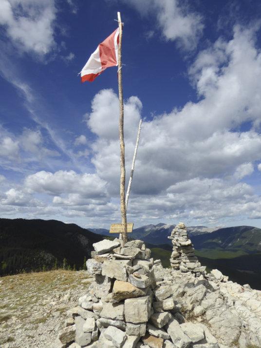 Rainy Summit Ridge-flag