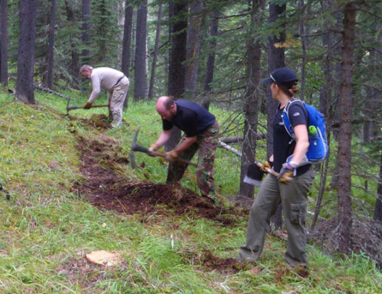 Building the new Crystal Line Winter Multi-User trail.